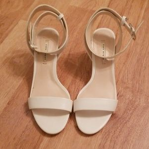 White kitten heels from Zara size 37
